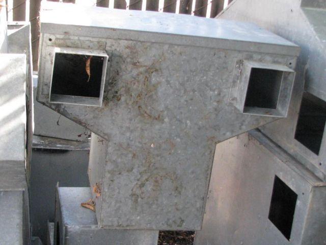 metal breading nest boxes